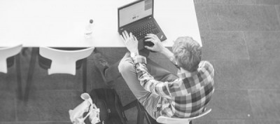 10 procent av grundskoleeleverna har över 6 inlogg i skolan