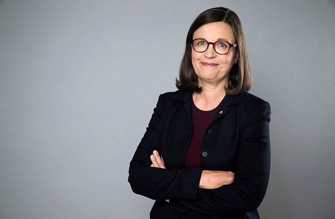 Anna Ekström medverkar i OECD-konferens om läraryrket i Skottland