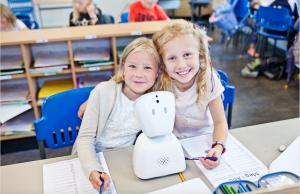 Robot hjälper barn med cancer att delta i skolan 1