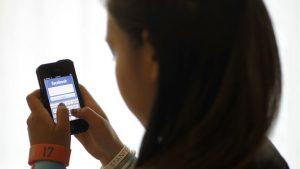 Ny undersökning: Ett barn per skolklass har kontaktats av okända vuxna på nätet som vill stämma träff 1