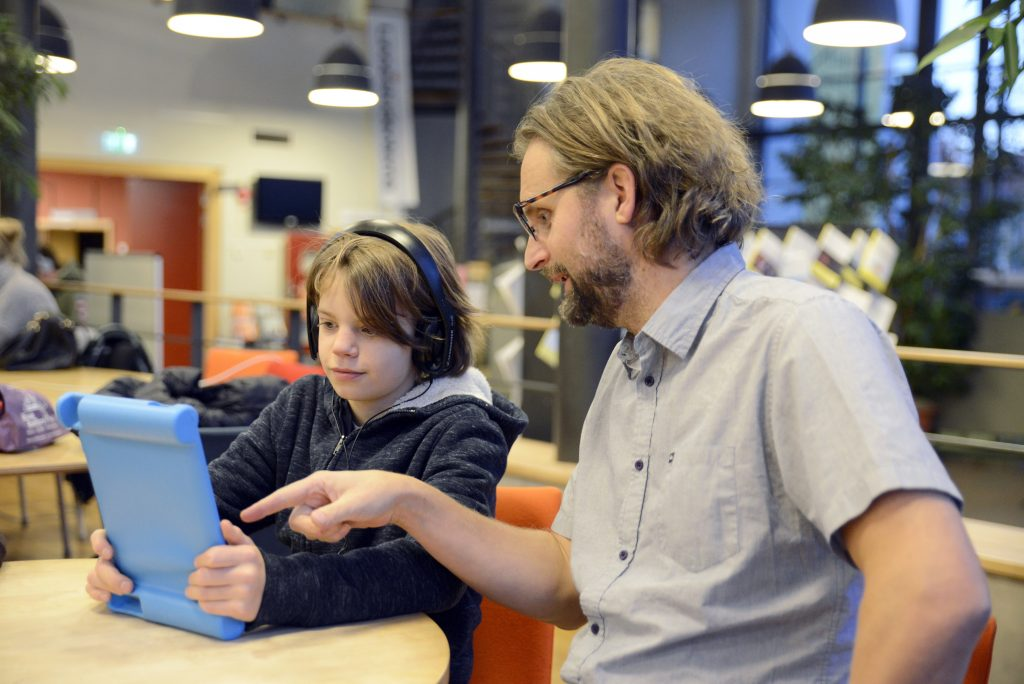 Ny forskning visar att appar, modern pedagogik och teknologi gynnar barn med läs- och skrivsvårigheter 1