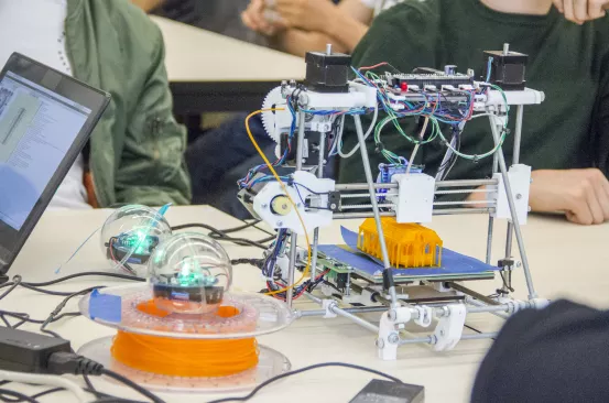Inicio erbjuder skolor kreativa elektroniska workshops under S.E.E.