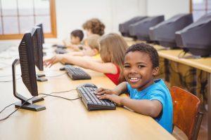 Programmeringsutbildning för unga intar Linköping 1