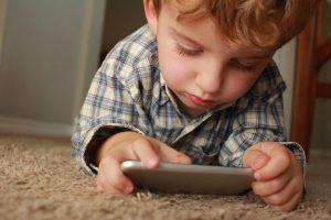 Både möjligheter och svårigheter med digitalt berättande i förskoleklassen 1