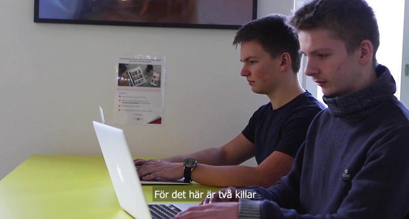 Eleverna Gustav och Max skapade nytt dataspel