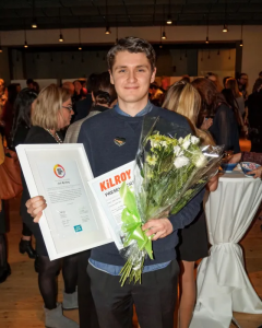 Årets Vikarie 2018 är studenten Axel Björling, 22 år, från Hägersten i Stockholm 1