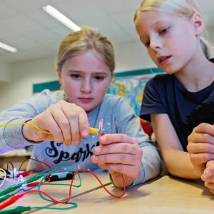 Innovativt skolinitiativ från Tekniska museet ökar mellanstadieelevers intresse för programmering 1