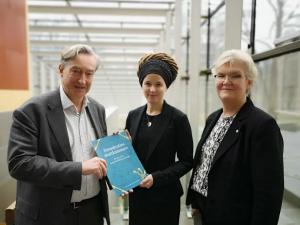 Demokratins skattkammare – förslaget till en nationell biblioteksstrategi 1