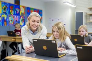 Studera till lärare med lön på nya lärarprogrammet 3