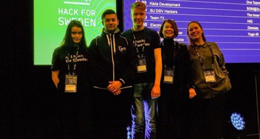 Elever från NTI Gymnasiet Örebro i topp på Hack for Sweden