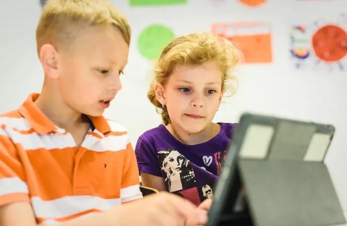 Erlaskolan satsar på att höja matematikresultaten
