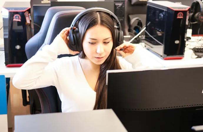 Juliet vill få fler att intressera sig för e-sport