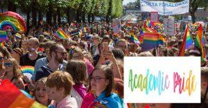 Ersta Sköndal Bräcke högskola deltar i Prideparaden 1