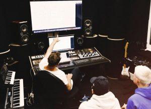 Dator blir nytt huvudinstrument på Rytmus musikgymnasium 1