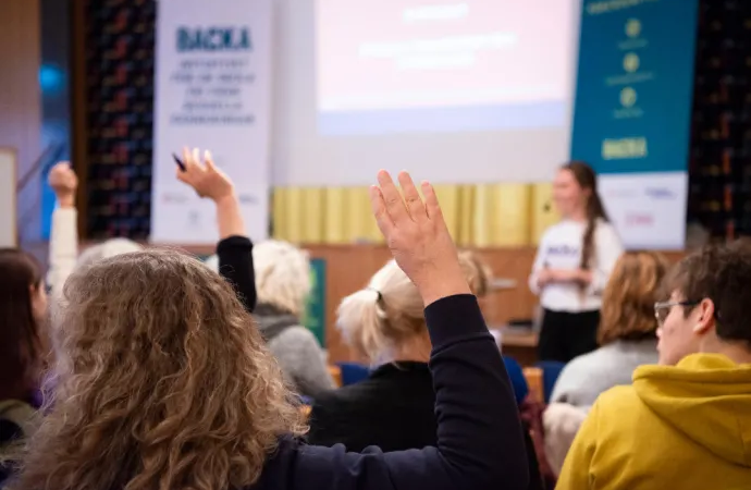Malmös skolor får verktyg att jobba mot sexuella kränkningar