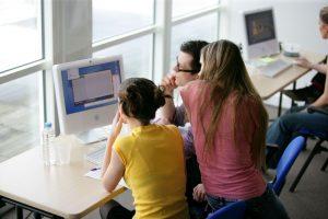 Nu revideras standarder inom IT och lärande 1