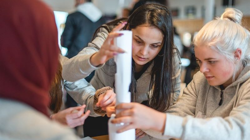 Förebildarna ger unga framtidstro med stöd från Kronprinsessparets Stiftelse