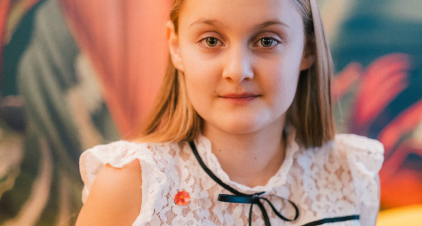 Elin från Alingsås är årets majblommedesigner