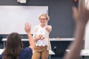 Högskolan i Halmstad utbildar fler forskare knutna till lärarutbildning 1