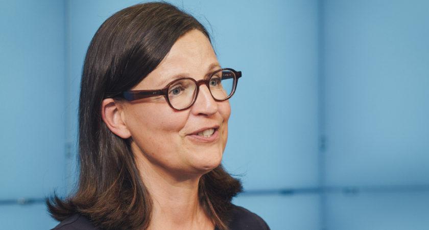 Anna Ekström deltar vid digitalt OECD-möte om hur pandemin har påverkat skolan