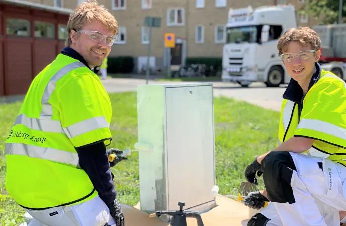Sommarjobbare ger 4000 elskåp ett ansiktslyft med illustrationer från Göteborg