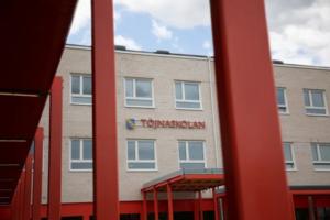 Nu är Sollentunas tredje nya skola för hösten invigd 1