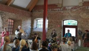 Över tusen Svedalabarn får uppleva renässansmusik och dans på Torup slott 1