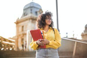 Nästan 27 000 anmälda till högskoleprovet på söndag 1