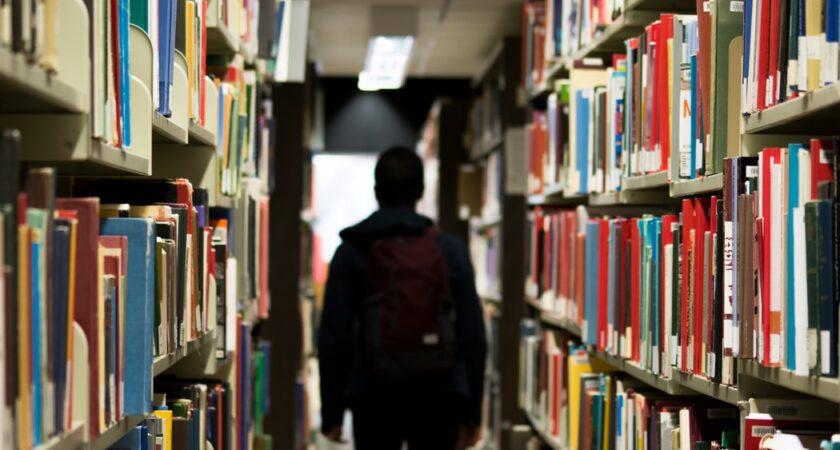 Möjligheter att kunna avskilja studenter ses över