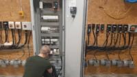 Schneider Electric och Bäckadalsgymnasiet förbereder blivande automationstekniker för industri 4.0