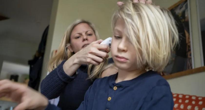 Håll barnen hemma om de har symptom – barn- och skolnämndens ordförande vädjar