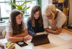 Digitala läromedel hjälper elever i Helsingborg att bli bättre på matematik 1
