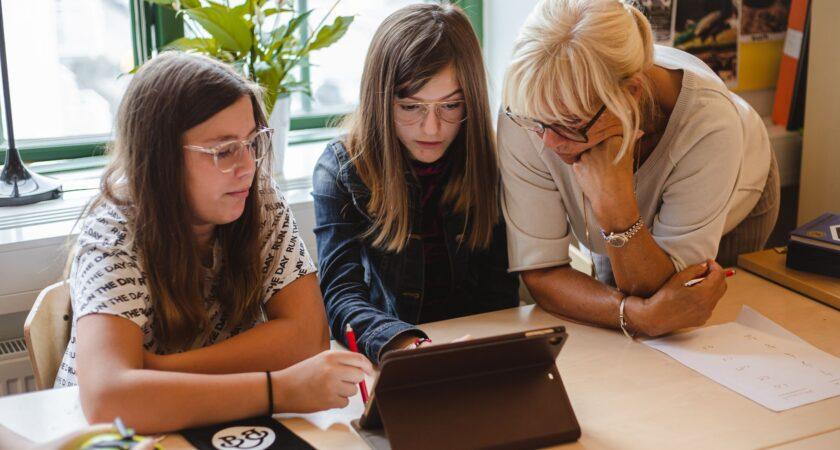 Digitala läromedel hjälper elever i Helsingborg att bli bättre på matematik