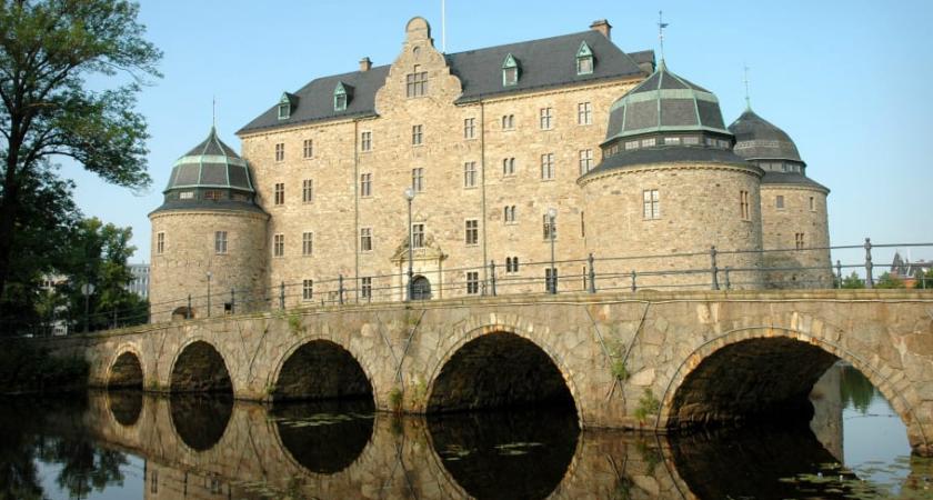 Örebro kommunala gymnasieskolor väljer CoSafe Skolsäkerhet