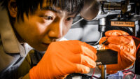 Blålysande framsteg för lysdiod i perovskit
