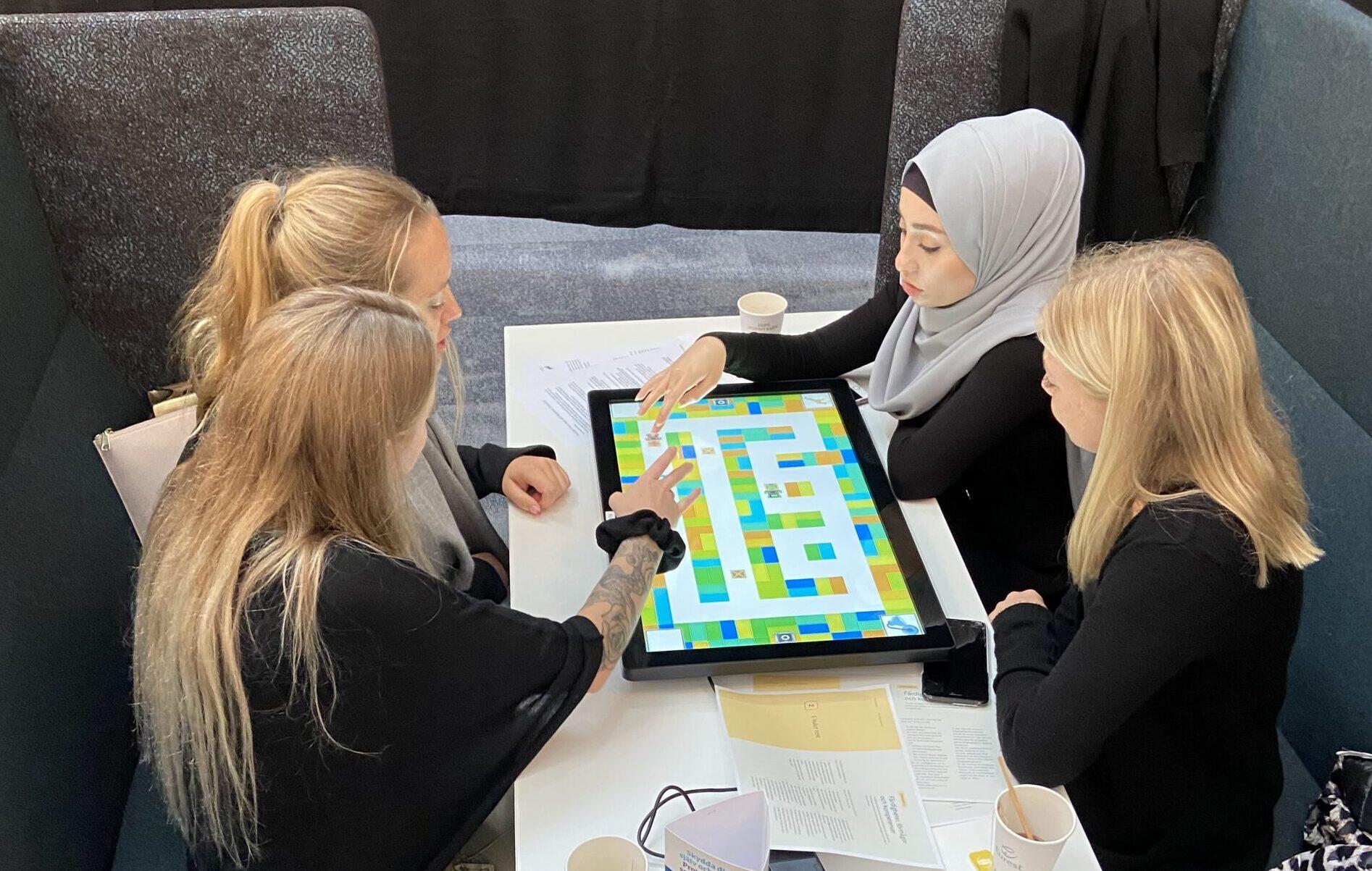 Edtechbolag i samarbete med lärarhögskola vässar lärarstudenters digitala kompetens