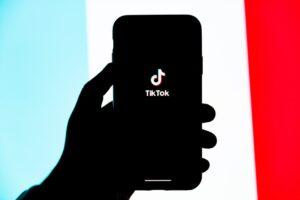 Föräldrauppsikt viktigt för TikTok för att stödja ungdoms- och familjesäkerhet