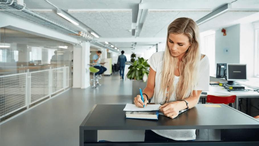Nytt beslut om fjärr- och distansundervisning inom vuxenutbildningen