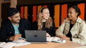 1 214 ungdomar vill studera på Karlstads kommunala gymnasieskolor