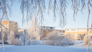 Umeå universitet och Akademiska Hus stärker samarbetet för ett mer hållbart campus