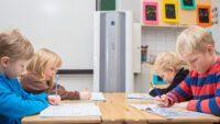 Tusentals lärare som är oroliga för inomhusluften bör få möjlighet att göra symptomundersökningar